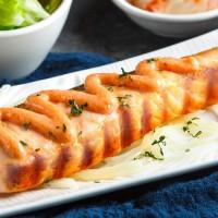 上班族不要再想午餐要吃什麼了!亞洲首創鮭魚專賣店「美威鮭魚」插旗京站,獨家限定口味必吃。