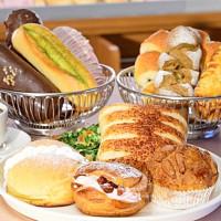 麵包控天天去全聯報到!強勢攜手日本老字號麵包打造「Hankyu BAKERY全聯阪急麵包」品牌,超高CP值日式麵包只要30元。