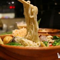 誰說只能去餐廳吃泰式料理,全台第一間「泰式滷味」!要讓你用舌尖去感受道地的泰國飲食文化。