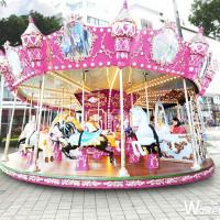 網美等不及了!屏東縣政府打造浪漫粉色「屏東聖誕節」,超夢幻「粉紅色旋轉木馬」準備洗版網美的ig牆。