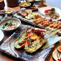 挑戰最高CP值大人系日式料理!八兵衛推出全新主題「海陸雙人套餐」,期間限定只有跨年、聖誕節才吃的到。