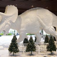 大型恐龍地景藝術再次登台,南港人搶先拍。CITYLINK 南港店慶祝三周年活動,推出史上最強DINO LINK恐龍玩樂地。