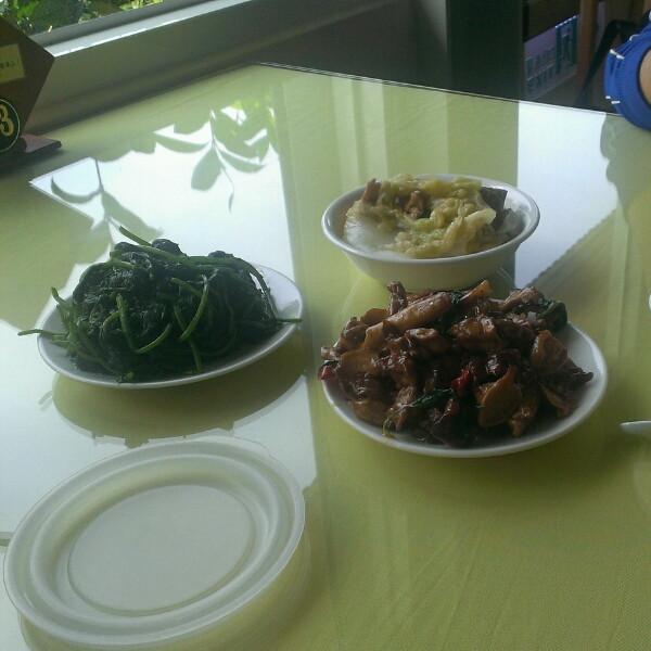 宜蘭縣 餐飲 素食料理 素食料理 滴水坊(佛光學舍)
