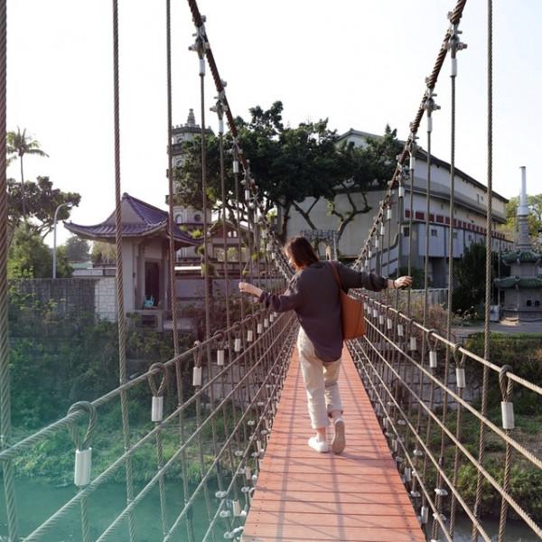 台南市 觀光 公園 鳳凰吊橋