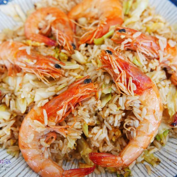 桃園市 餐飲 台式料理 龍巢飯麵館