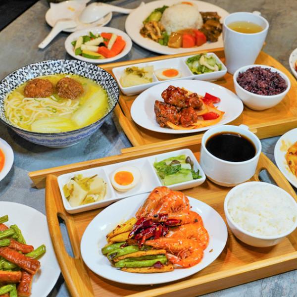 高雄市 餐飲 中式料理 芳師傅私房