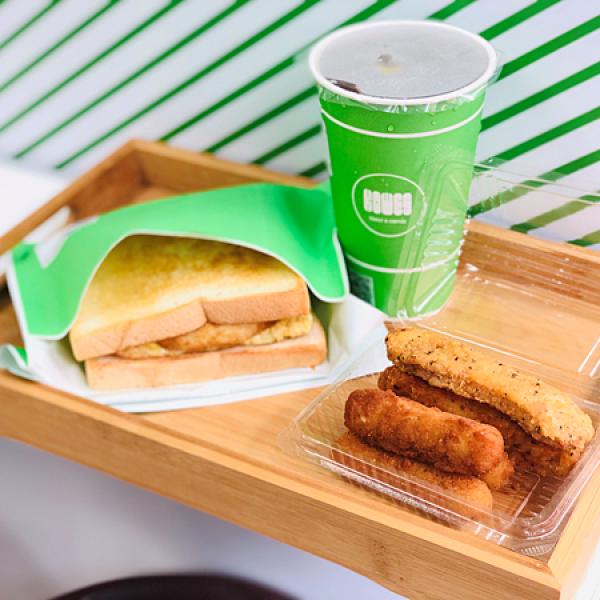 台北市 餐飲 早.午餐、宵夜 早午餐 KiWes Toast & Coffee 台北信義店