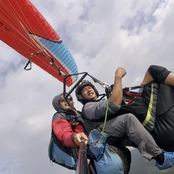 台東縣 觀光 觀光景點 鹿野翱翔飛行傘體驗