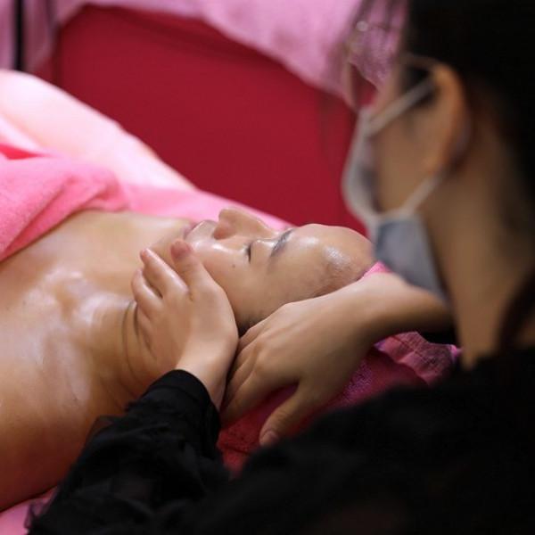 台北市 觀光 足底按摩 克麗緹娜 美崙店