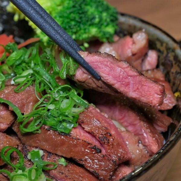 台中市 餐飲 燒烤‧鐵板燒 燒肉燒烤 牛丁次郎坊x深夜裡的和魂燒肉丼x大里東榮支店