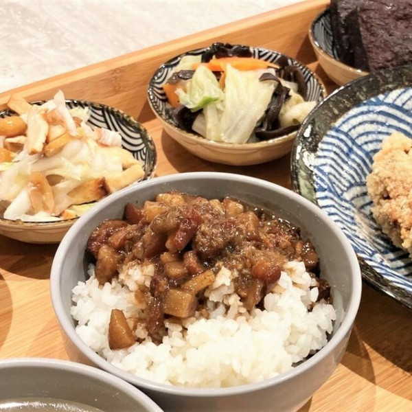 台北市 餐飲 台式料理 滷肉控-新光三越A13分店
