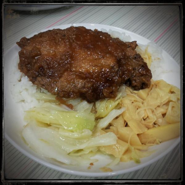 台南市 美食 餐廳 中式料理 小吃 石精臼 虎頭蝦捲、排骨酥