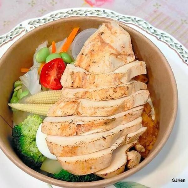 台北市 餐飲 多國料理 多國料理 Hungry Dogs 二犬健康餐飲