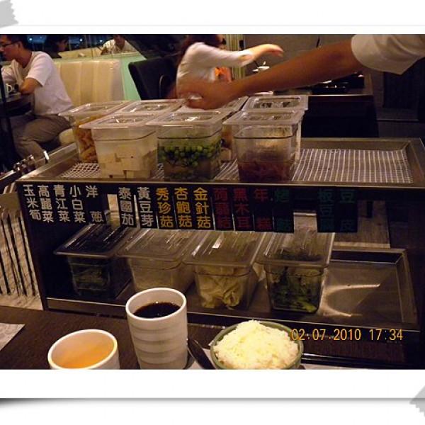 高雄市 餐飲 鍋物 火鍋 銀湯匙泰式火鍋 (高雄五福店)