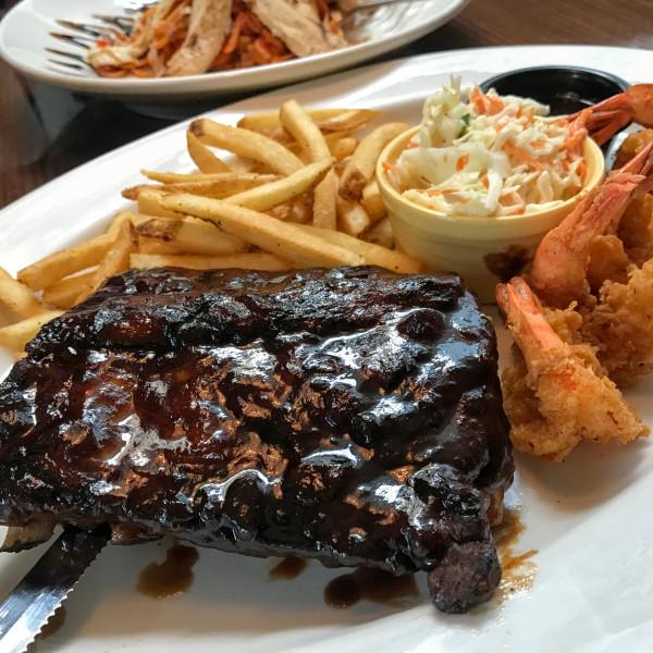 高雄市 餐飲 美式料理 星期五美式餐廳 TGI Fridays (高雄夢時代店)