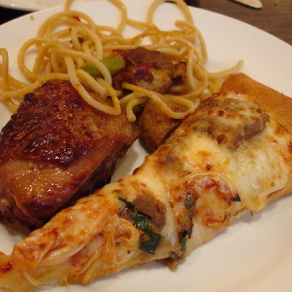 台北市 餐飲 速食 披薩 必勝客 (永吉店)