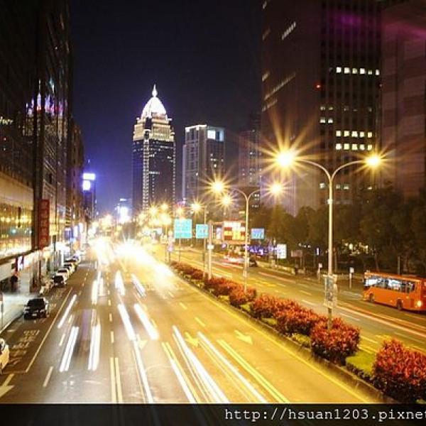 台北市 休閒旅遊 購物娛樂 購物中心、百貨商城 新光三越信義新天地(A4館)