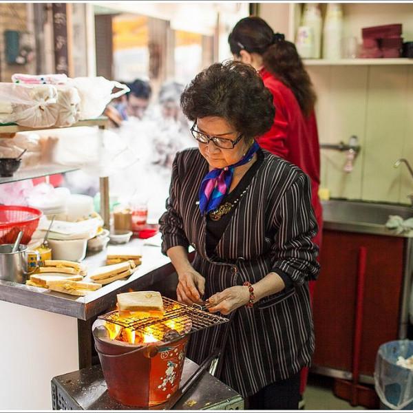 台南市 美食 餐廳 餐廳燒烤 燒烤其他 台南武廟碳烤土司