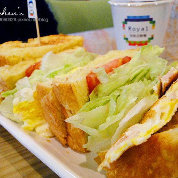 新北市 美食 餐廳 中式料理 中式早餐、宵夜 皇室吉利堡 (溪尾店)