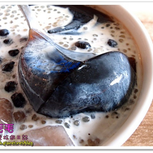 台中市 美食 餐廳 飲料、甜品 甜品甜湯 瑪露連仙草(健行店)
