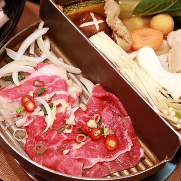 台南市 美食 餐廳 火鍋 火烤兩吃 半個鍋 (台南裕學店)
