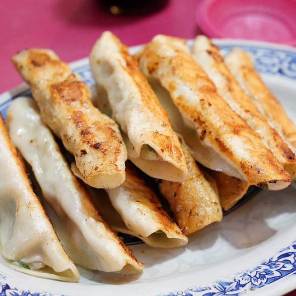基隆市 美食 攤販 台式小吃 三姊妹水餃大王鍋貼