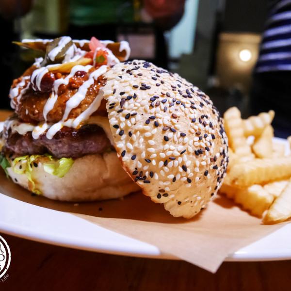 高雄市 餐飲 多國料理 其他 BEAST · Bar & Grill · 野獸美式餐廳
