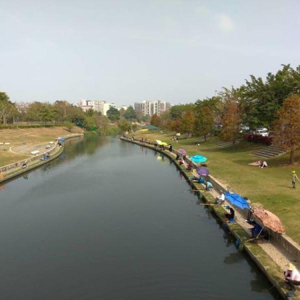 台中市 觀光 公園 興大康橋水岸公園