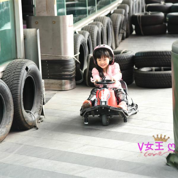 台北市 餐飲 多國料理 其他 Crazy Cart Café甩尾卡丁車主題式餐廳