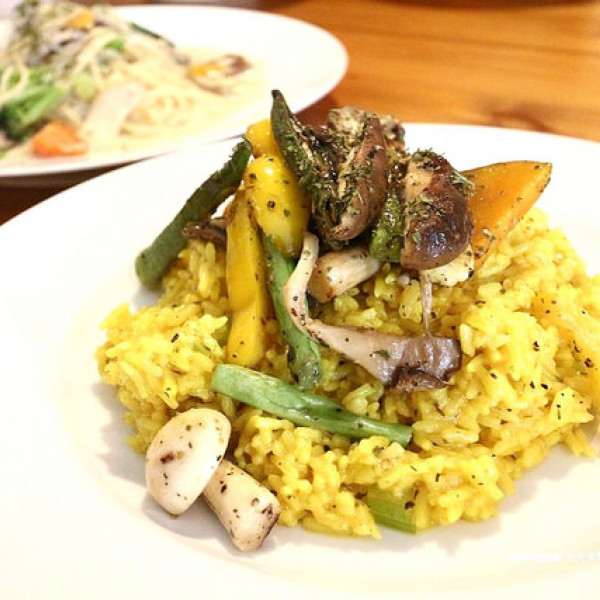 宜蘭縣 餐飲 素食料理 素食料理 鹿野苑蔬食料理廚房