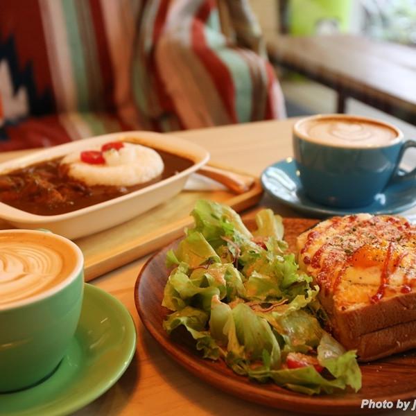 台北市 餐飲 咖啡館 開燈咖啡