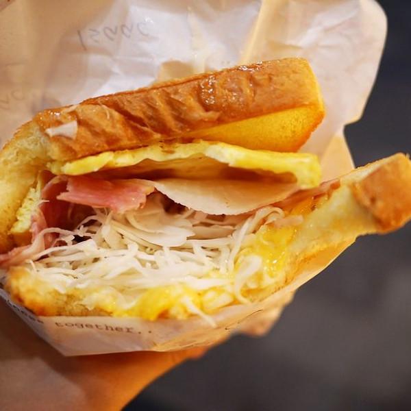 台北市 餐飲 多國料理 其他 Isaac Toast & Caffee (信義Att4Fun店)