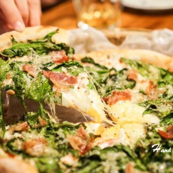 嘉義市 餐飲 義式料理 手在小酒館 Hand on the pizza
