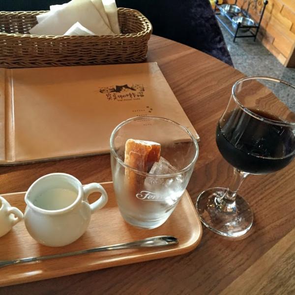 桃園市 餐飲 咖啡館 突點咖啡貓