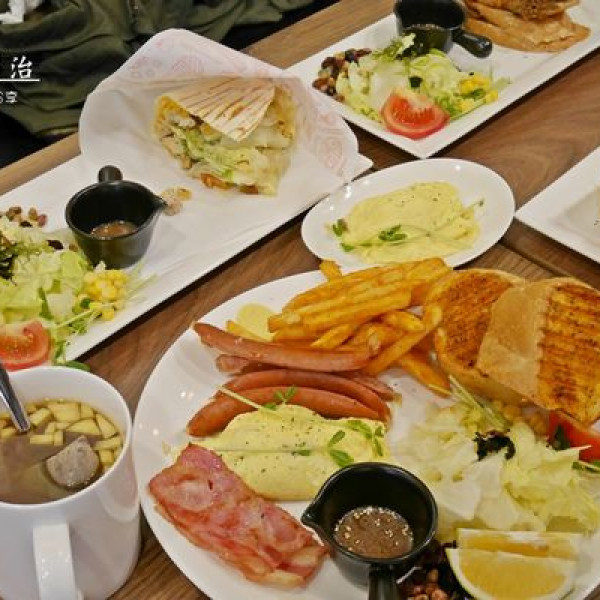 桃園市 餐飲 美式料理 豐滿總匯三明治中原店