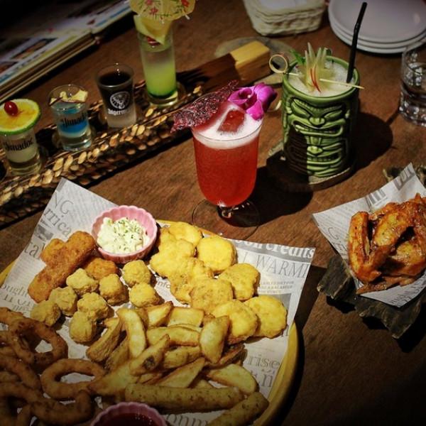桃園市 餐飲 美式料理 躲迷藏Tiki主題廚房