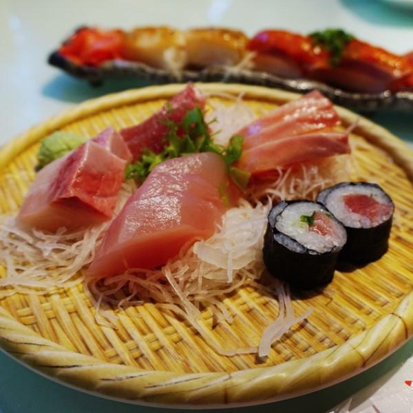 高雄市 餐飲 日式料理 壽司‧生魚片 賴桑壽司屋高雄店