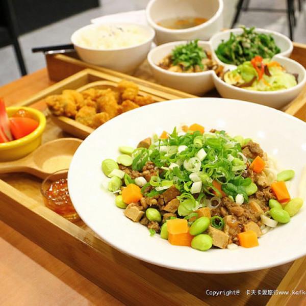 宜蘭縣 餐飲 中式料理 哈福Hot food cafe&meals