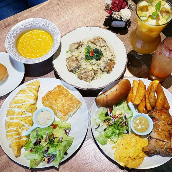 新北市 餐飲 主題餐廳 親子餐廳 貓子曬太陽親子友善寵物餐廳