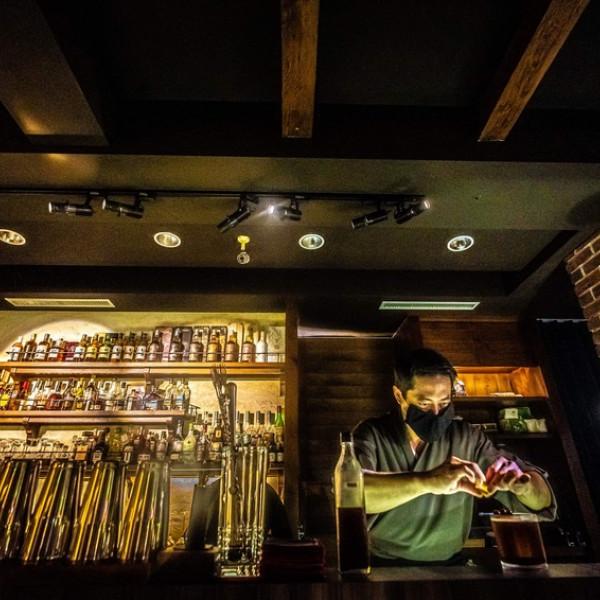 高雄市 餐飲 餐酒館 三千 Atman Space
