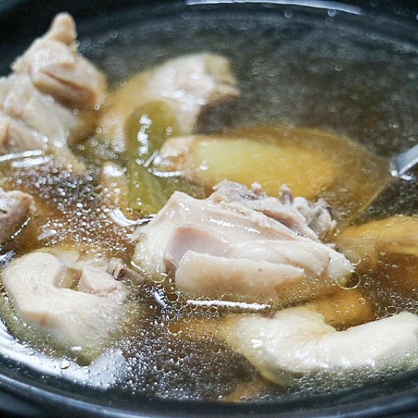 高雄市 餐飲 台式料理 捌捌迷你土雞鍋