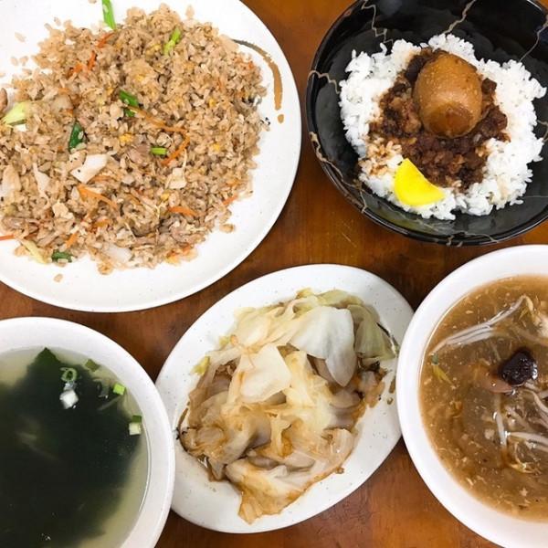 桃園市 餐飲 中式料理 香香蛋炒飯專賣店