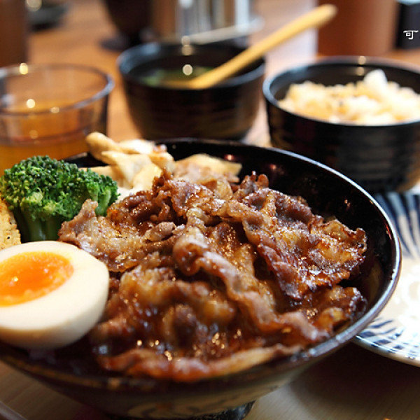 台北市 餐飲 日式料理 大河屋 燒肉丼 串燒
