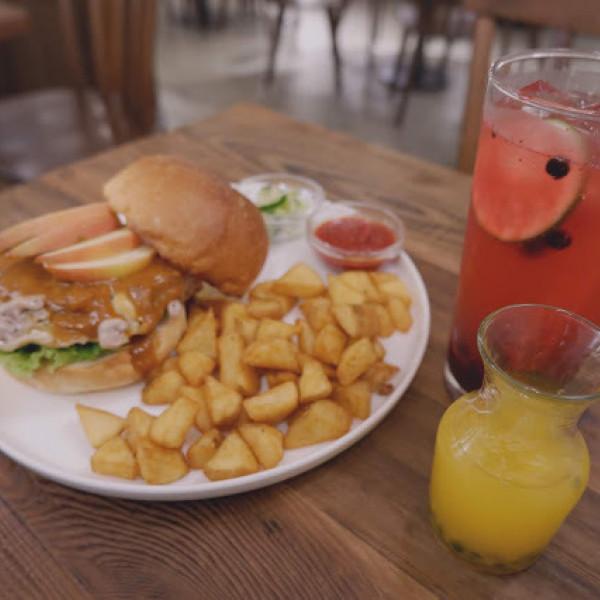 台北市 餐飲 日式料理 Waku Waku Burger わくわく