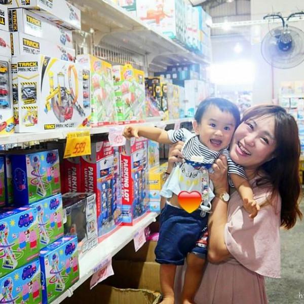 台中市 購物 百貨商場 佳昇玩具批發