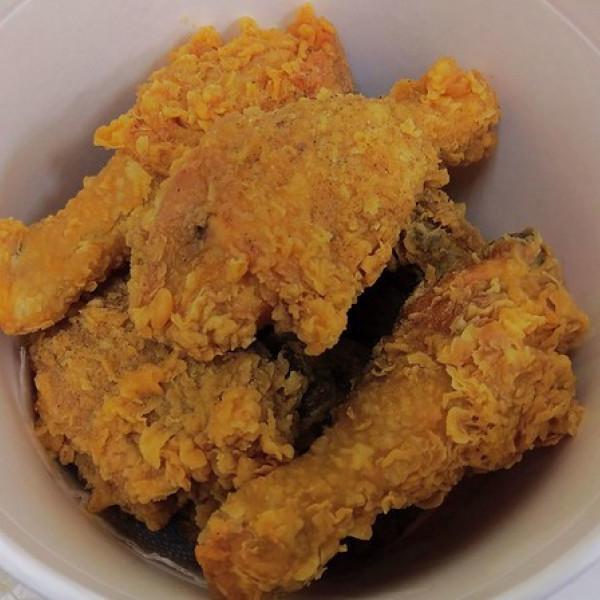 台中市 餐飲 速食 速食餐廳 胖老爹美式炸雞(學府店)
