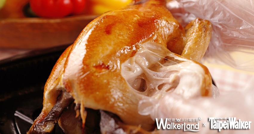 睽違20年!「香雞城」八里左岸正式登場,試營運每日限量150隻手扒雞!