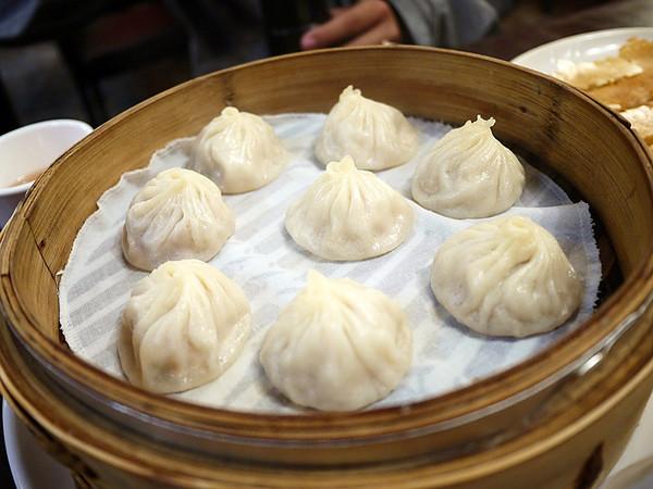台北市大安區 明月湯包 (通化店)