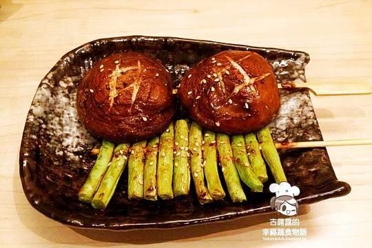 台北市文山區 草串蔬食