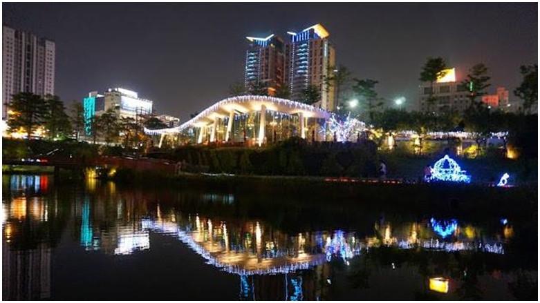 台中市西屯區 秋紅谷生態廣場